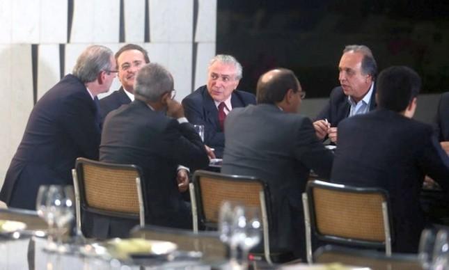 Jantar da cúpula do PMDB no Palácio do Jaburu (Foto: André Dusek / Estadão)