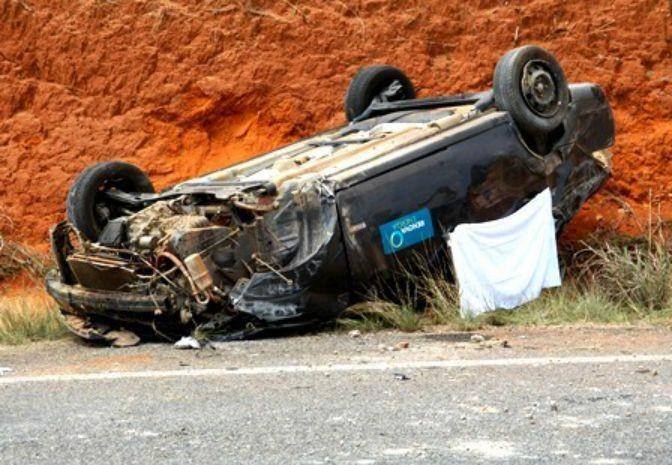 Acidente na BR-030 em Caetité (Foto: Site Caetité Notícias)