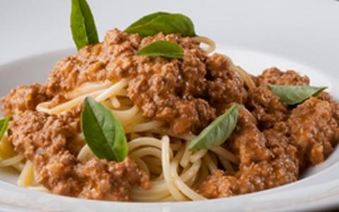 Espaguete à bolonhesa com cream cheese
