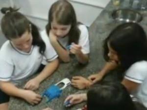 Engenheiro de São José cria próteses de mão e doa para crianças deficientes (Foto: Arquivo pessoal/Aloisio Mello)