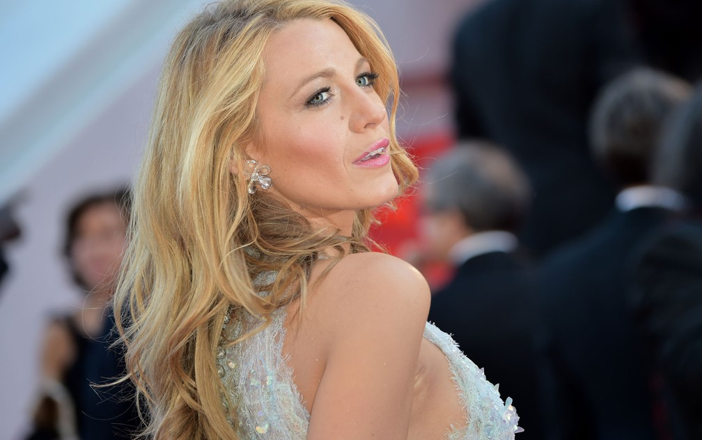 A atriz Blake Lively durante a première do filme 'Mr. Turner' no 67º Festival de Cannes (Foto: AFP Photo/Bertrand Langlois)