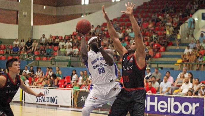 Mogi X Basquete Cearense NBB 8 (Foto: Antonio Penedo/Mogi-Helbor)