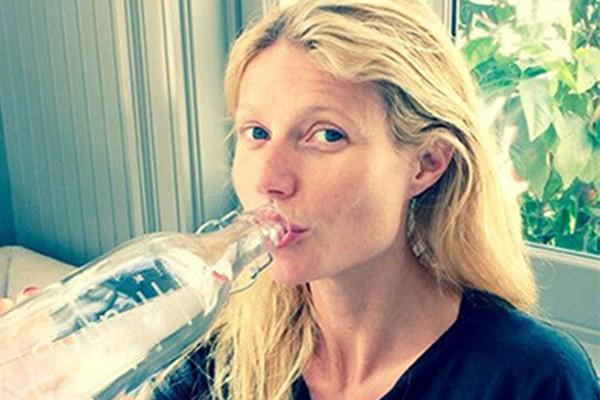 Gwyneth Paltrow é flagrada andando sem maquiagem frequentemente (Foto: Twitter)