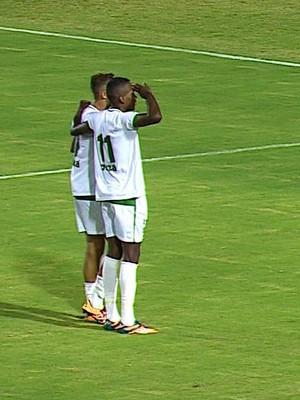 Lopeu comemora gol (Foto: Reprodução/TV Sergipe)