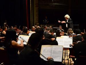 Orquestra Sinfônica do Recife abre temporada no Santa Isabel (Foto: Lu Streithorst/Divulgação)