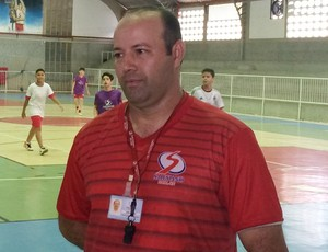 """Fábio Morais - professor de Josué """"Foguetinho"""" (Foto: Luiz Henrique/GloboEsporte.com)"""
