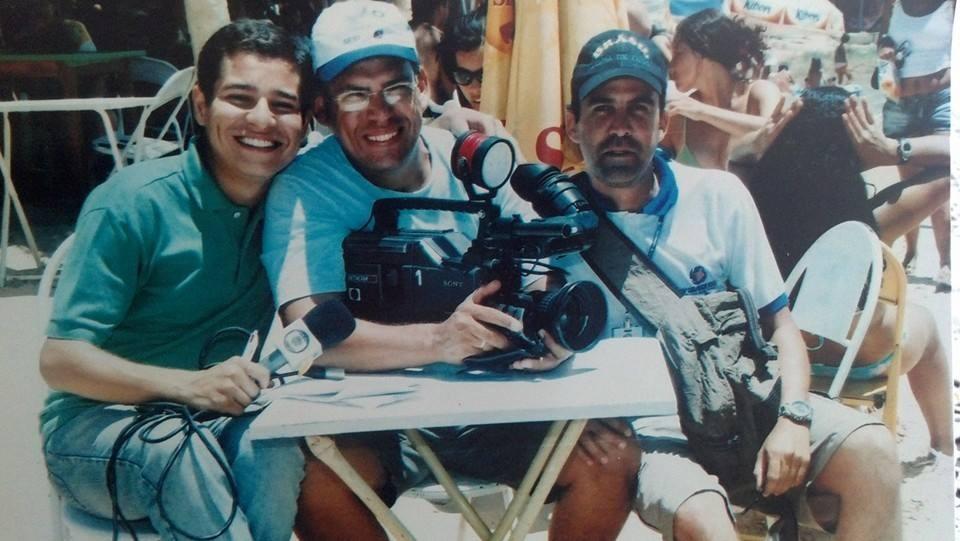 Equipe grava reportagem no ano de 2007 (Foto: Arquivo Pessoal)