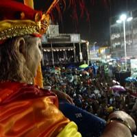 Lira da Tarde desfilou e arrastou mais de 10 mil (Cecília Morais)