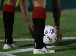 Bola Vitória (Foto: Felipe Oliveira / EC Vitória / Divulgação)