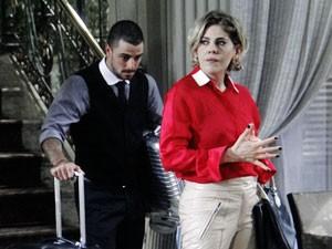 Edith é humilhada (Foto: TV Globo / Amor à Vida)