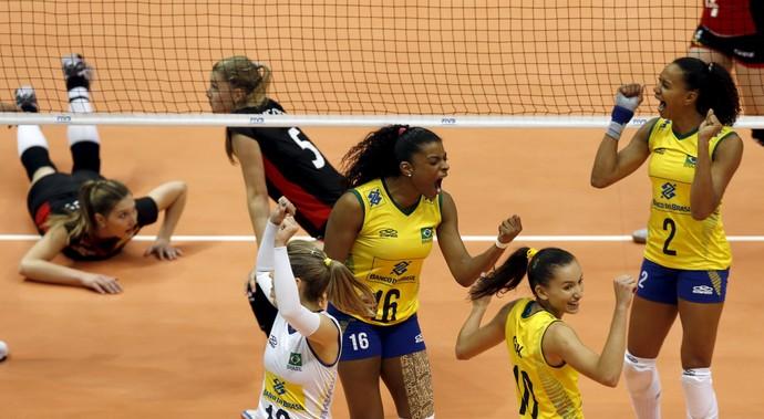 Brasil x Bélgica vôlei Grand Prix (Foto: REUTERS/Paulo Whitaker)