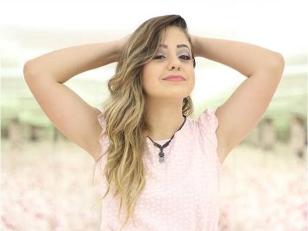 Aos 14 anos, Bekah Costa, tem mais de 11 mil visualizações no YouTube  com hits 'gospel-teen' (Foto: Divulgação)