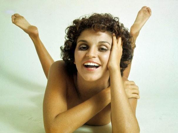 Leila Diniz em foto clássica de David Zingg: símbolo do feminismo  (Foto: David Zingg/Arquivo)