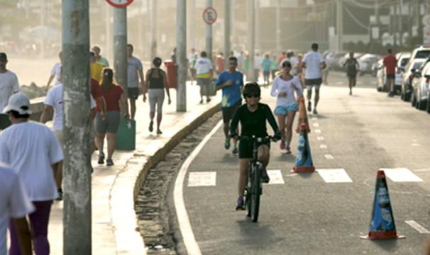 Exercícios em espaços públicos são o foco do quadro 'Bom Dia em Movimento'. (Foto: Divulgação)
