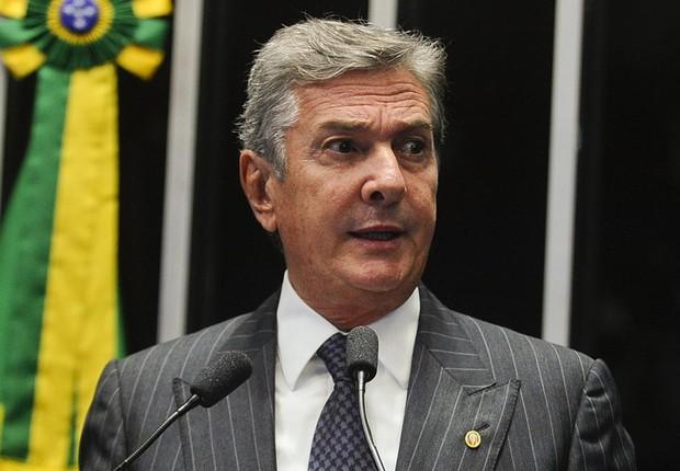 O senador Fernando Collor (PTC-AL) relembrou o processo de impeachment que o afastou do governo, mas não revelou voto (Foto: Marcos Oliveira/Agência Senado)
