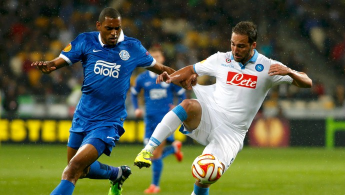 Douglas Higuaín Dnipro Napoli (Foto: Reuters)