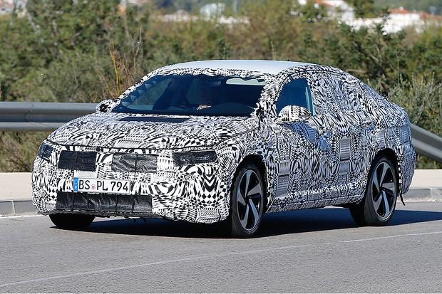 Flagra: novo Volkswagen Jetta já roda nos Estados Unidos (Foto: Automedia)