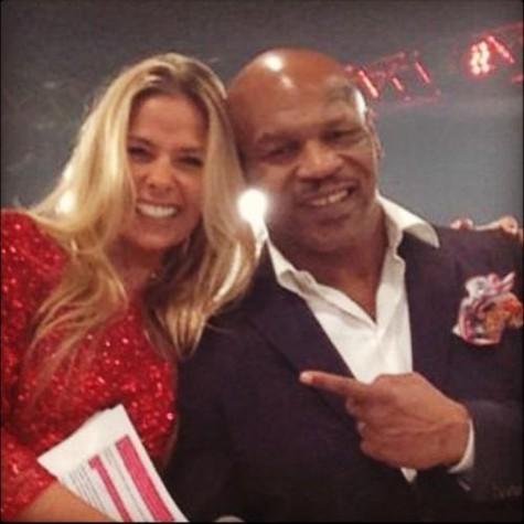 Galisteu com Mike Tyson em Las Vegas (Foto: Reprodução)