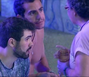 Matheus discute com Geralda (Foto: TV Globo)