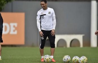 Livre de lesão na coxa, Ricardo Oliveira treina para enfrentar o Palmeiras