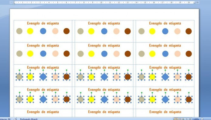 As figuras e gráficos precisam ser adicionados manualmente (Foto: Reprodução/Giordano Tronco)