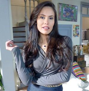 Ana Carolina se diz fã do marido 28 anos mais velho (Império / TV Globo)
