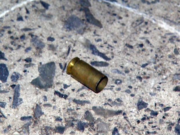 Munição encontrada na rua em Campinas e que pode ter matado Alex Prado (Foto: Reprodução EPTV)