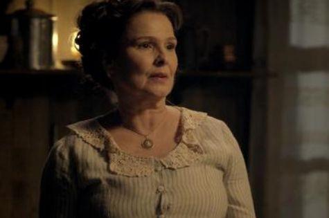 Louise Cardoso é Gema em 'Além do tempo' (Foto: Reprodução)