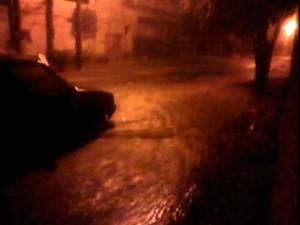 Chuva provoca danos e alagamentos em Sorocaba (Foto: Oscar/TEM Você)