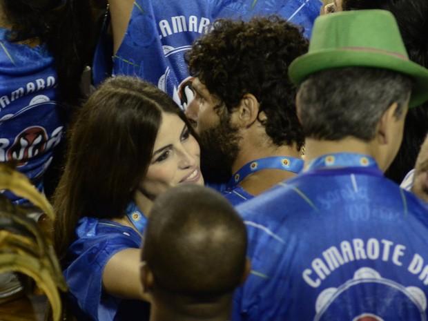 Dudu Azevedo e a namorada (Foto: Roberto Teixeira / EGO)