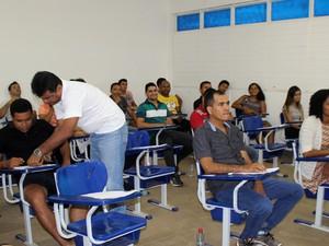 Candidatos fazem prova do vestibular da Uema no Maranhão (Foto: Divulgação / Uema)