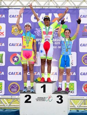 Clemilda Fernandes conquista tricampeonato do Brasileiro de Ciclismo de Estrada em Santa Catarina (Foto:  Luis Claudio/CBC)