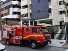 Bombeiros controlam princípio de incêndio em apartamento na Jatiúca
