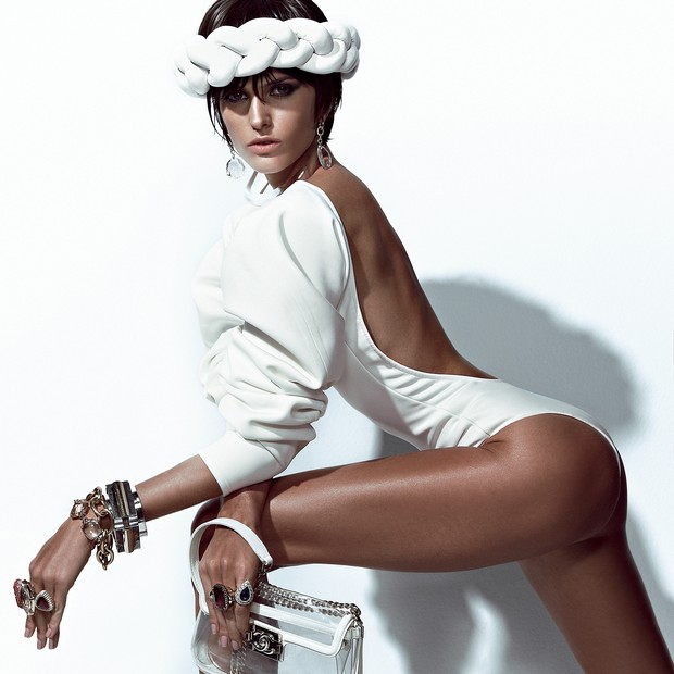 A top Izabel Goulart (Foto: Zee Nunes/Arquivo Vogue)