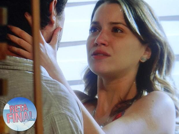 Relacionamento iô iô: Laura e Caíque já sofreram muito! (Foto: Gshow)