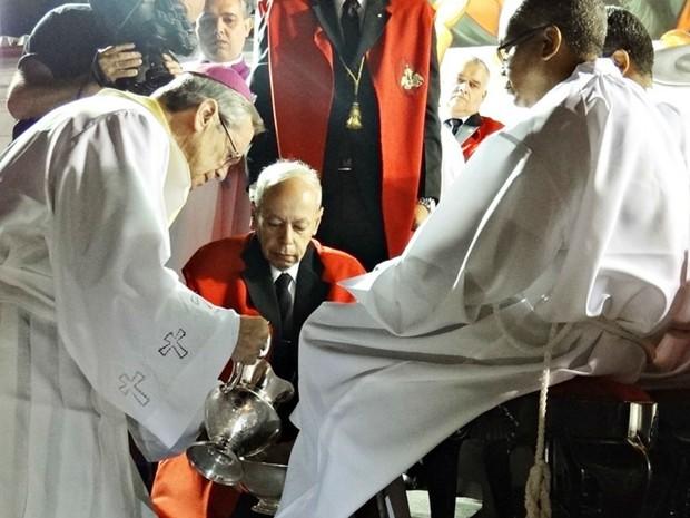 Bispo Dom Célio de Oliveira Goulart realiza cerimônia do Lava-Pés em São João del Rei (Foto: Diocese de São João del Rei/Divulgação)