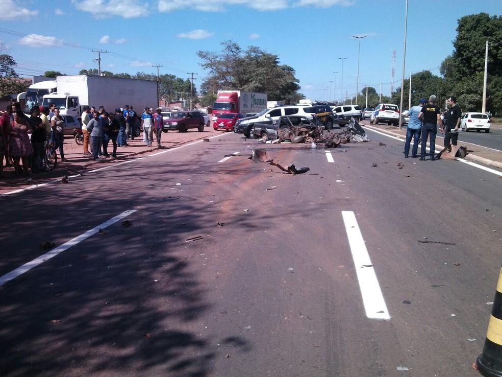 Acidente foi registrado no perímetro urbano da BR-364 em Cuiabá (Foto: Polícia Civil/Divulgação)