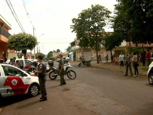 Tiroteio assustou moradores na Vila Virgínia, em Ribeirão Preto (Foto: Valdinei Malaguti/EPTV)