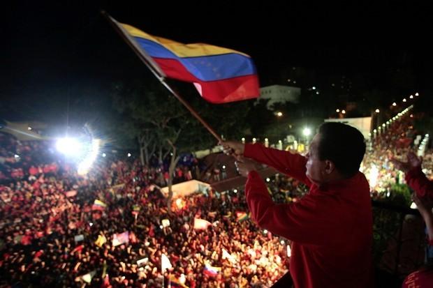 Hugo Chávez é reeleito presidente da Venezuela (Foto: Imprensa Miraflores / Télam / lz/ABr)