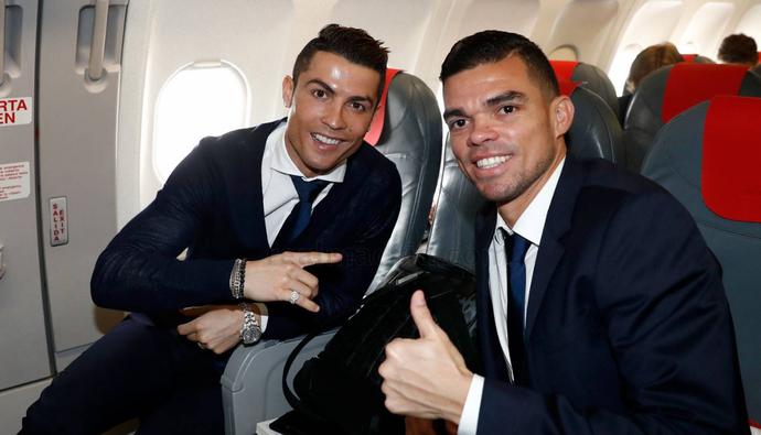 Cristiano Ronaldo Pepe viagem Real Madrid (Foto: Divulgação/Site oficial do Real)