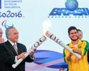 Em Brasília, Yohansson acende tocha paralímpica ao lado de Michel Temer