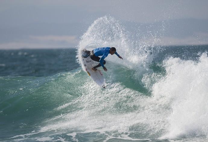 Wiggolly Dantas em ação na etapa de Jeffreys Bay pelo Mundial de Surfe 2015 (Foto: Divulgação / WSL)