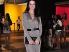 No Fashion Rio, Lisandra Souto fala sobre seu estilo: 'Clássico'