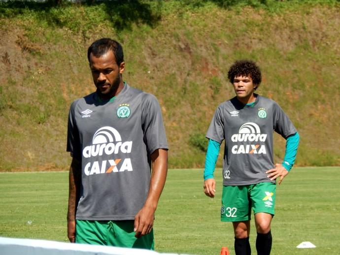 Bruno Silva e Camilo Chapecoense (Foto: Laion Espíndula)