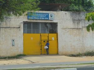 Agente penitenciário afirma que mulher entrega todos os dias marmita para preso (Foto: Vanessa Lima/G1 RR)