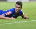 Cruzeiro anuncia renovação de contrato com Henrique e Manoel
