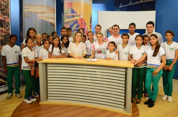 Projeto 'Amigos da TV Clube' promove a visita de estudantes (Foto: Katylenin França)