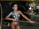 Dai Macedo, ex-Miss Bumbum, posa com corpo pintado e exibe curvas