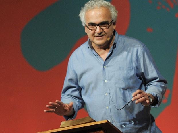 Milton Hatoum faz conferência de abertura da Flip 2013; ele falou sobre Graciliano Ramos (Foto: Flavio Moraes/G1)