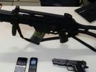 Submetralhadora, arma e munições são apreendidas em Rio das Ostras